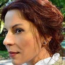 Adina Sadeanu - Axis Media